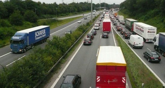 GPS para camiones: qué parámetros controlar con gestión de flotas